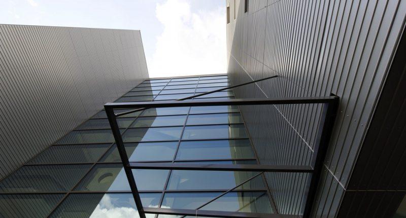 Nouveau sige Bouygues B‰timent IDF Ouvrages Publics.11 rue Georges Corte ˆ Gennevilliers.Juillet 2009